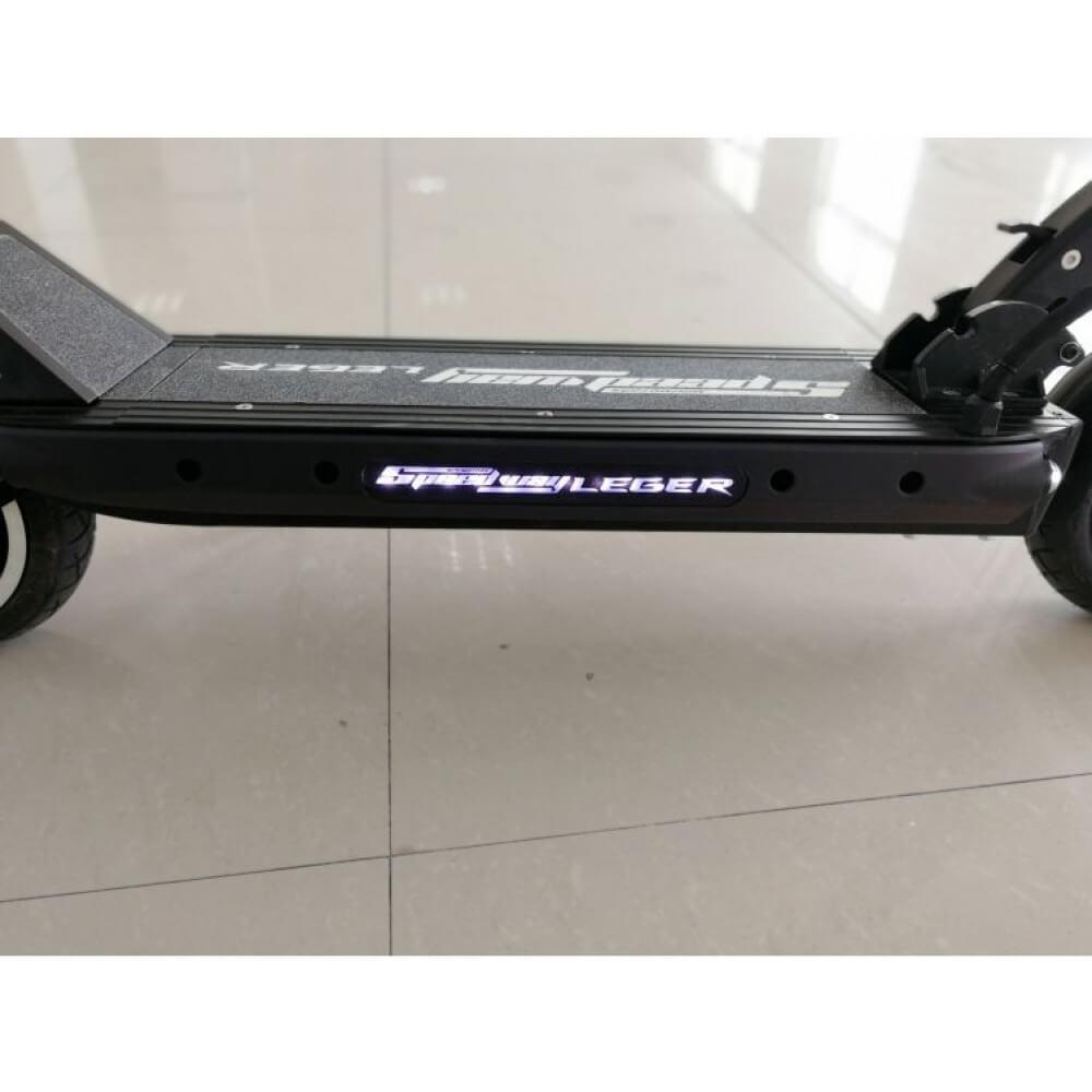 speedway leger escooter - side led lights