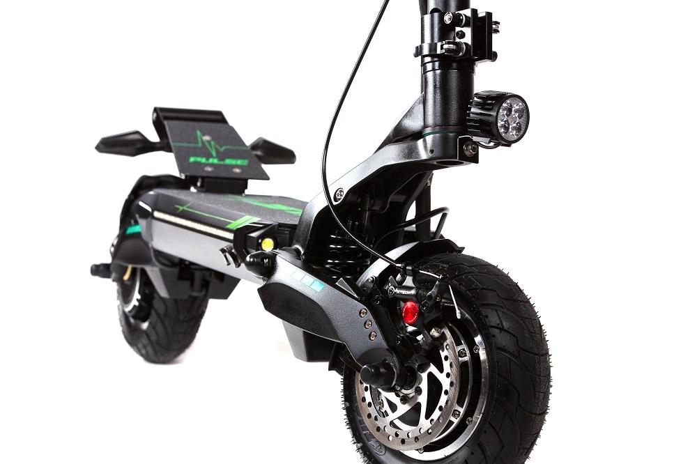 Pulse 10 Dual električni romobil 2x1200w - prednje dio električnog romobila